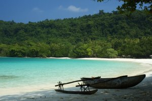 Champagne_Beach__Vanuatu_by_Scubastan